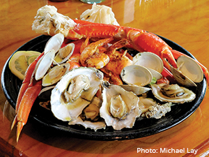 Goombays dining steamed seafood shrimp oysters clams snow crab legs
