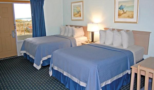 Days Inn Oceanfront bedroom - Kill Devil Hills