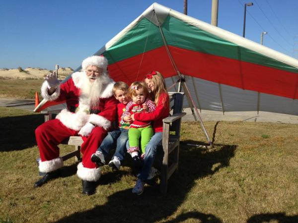 Kitty Hawk Kites Hangin' with Santa