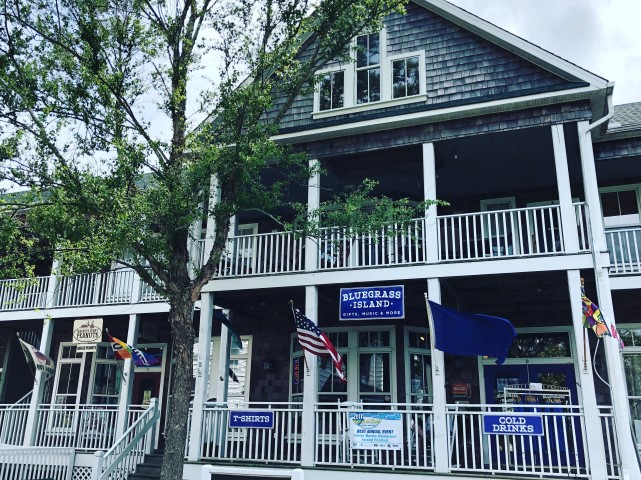 Bluegrass Island Trading Co. Exterior