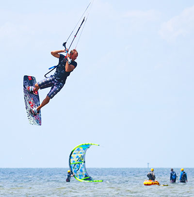 Kite-boarding in Waves NC