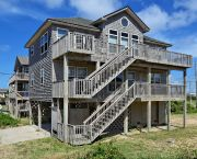 Spacious 4 Bedroom  - Lighthouse View Oceanfront Lodging