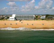 Newly Renovated - Holiday Inn Express Nags Head Oceanfront