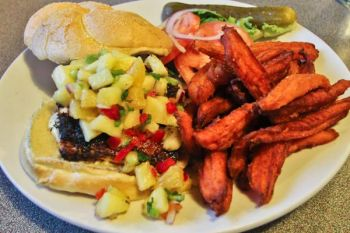 Outer Banks Brewing Station, GRILLED MAHI SANDWICH