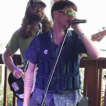 Outer Banks Brewing Station, Live Outdoor Music with Graham Outten