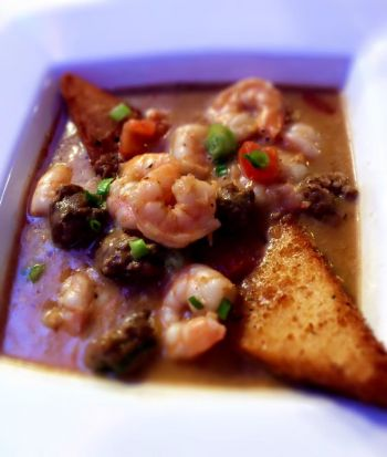 Fishbones Raw Bar and Restaurant, Shrimp and Grits