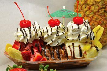 Big Buck's Ice Cream, Delicious Ice Cream Sundaes and Soft Serve Ice Cream