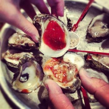 Fishbones Raw Bar and Restaurant, Local Oysters