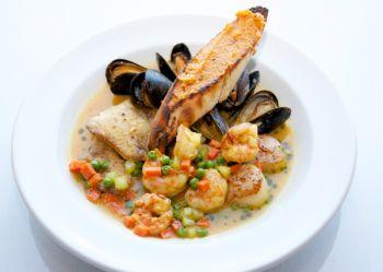 1587 Restaurant, Fresh Seafood Dishes