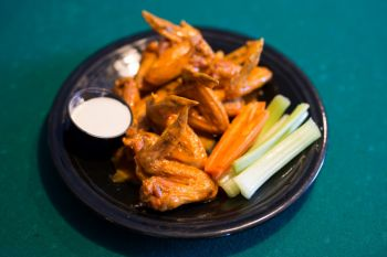 Lucky 12 Tavern, Chicken Wings