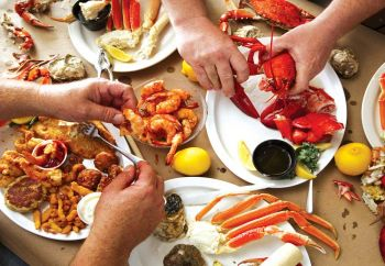 Free Clambake for 8 Adults