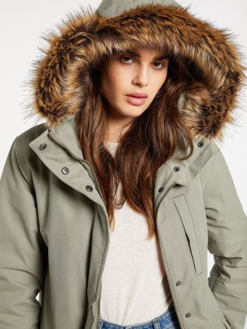 Outer Banks Boarding Company, Volcom Less Is More 5k Parka Green Tea