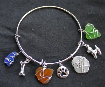 The Island Shop Boutique, Local Seaglass Charm Bracelet