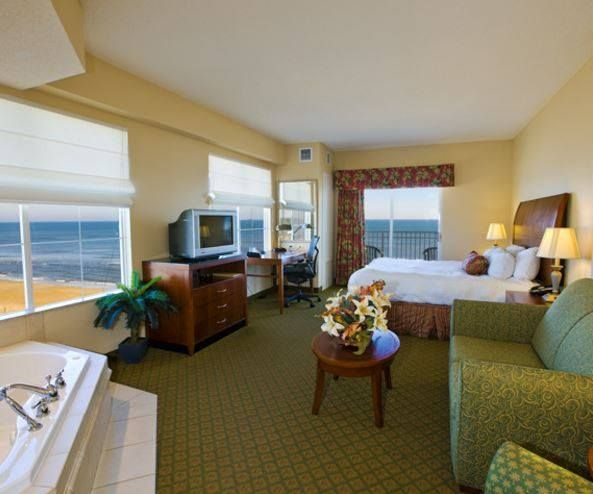 Oceanfront Suite At Hilton Garden Inn Outer Banks/Kitty Hawk Home Design Ideas