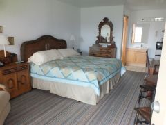 King room at Scarborough Inn