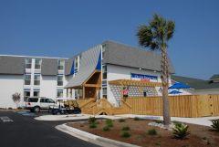 Exterior of Outer Banks Inn