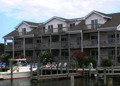 Exterior view of Captain's Landing