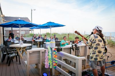 Beachside Bistro - Live Music (days may vary)