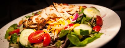Beachside Bistro - Grilled Chicken Salad