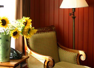 Avocet room at Cameron House Inn