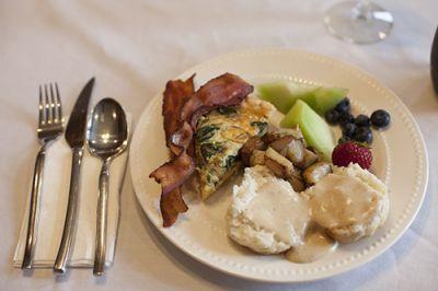 Cameron House Inn breakfast