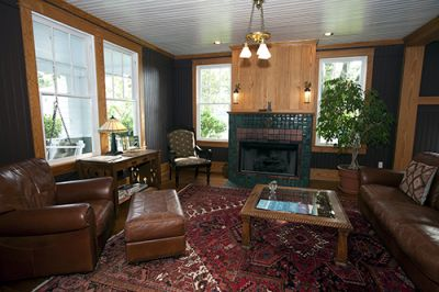 Gathering room at Cameron House Inn