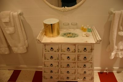 Bathroom in the Mirabella room at Cameron House Inn