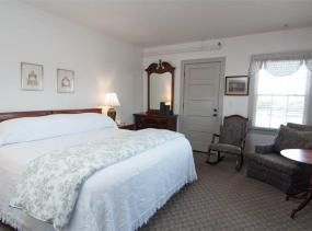 Ananias Dare room at First Colony Inn