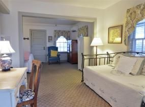 Jane Jones room at First Colony Inn