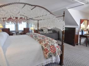 Michael Mylett room at First Colony Inn