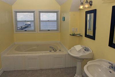Whirlpool with waterfront view