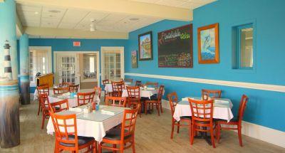 Beachside Bistro oceanfront dining room